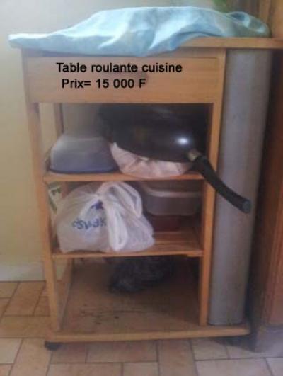 Ameublement dakar table de cuisine roulante petites for Table roulante cuisine