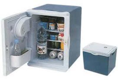 electromenager frigo glaci re lectrique 12 volts dakar petites annonces gratuites au. Black Bedroom Furniture Sets. Home Design Ideas