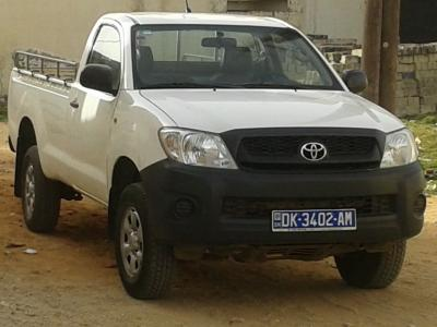Location Toyota Hilux