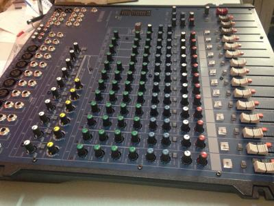 Tables de mixage neuves