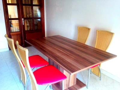 TABLE A MANGER EN BOIS 6 PLACES