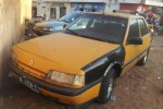 TAXI RENAULT 21